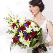 Vivid Elegance Presentation Bouquet Large