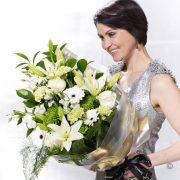 White Simplicity Presentation Bouquet Large
